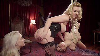 Smooth pussy and ass licking on the floor with sexy Kacie Castle