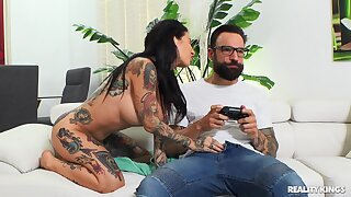 Tattooed girlfriend Joanna Angel gets fucked while playing games